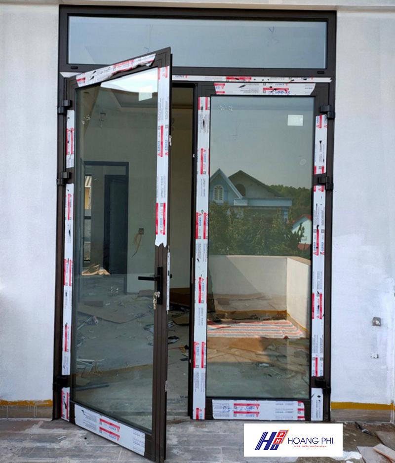 cua di xingfa mo quay 2 canh 2 - 50+ mẫu cửa nhôm Xingfa (mở quay, xếp trượt, lùa)