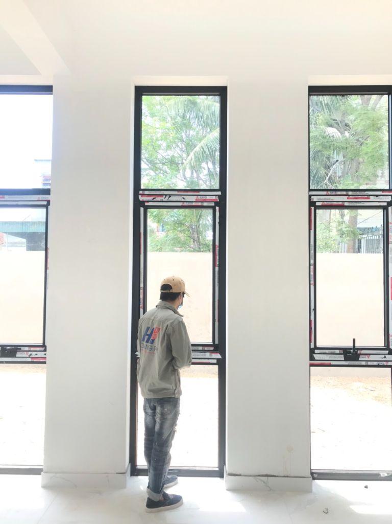 Thi công lắp đặt trọn gói bộ cửa đi và cửa sổ Xingfa.
