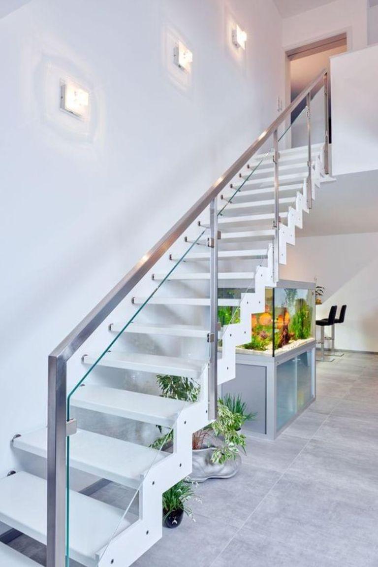 Cầu thang inox kính cường lực