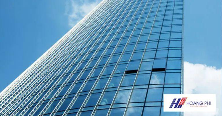 Vách kính mặt dựng đang là mẫu thiết kế được ưa chuộng hàng đầu trên toàn thế giới.