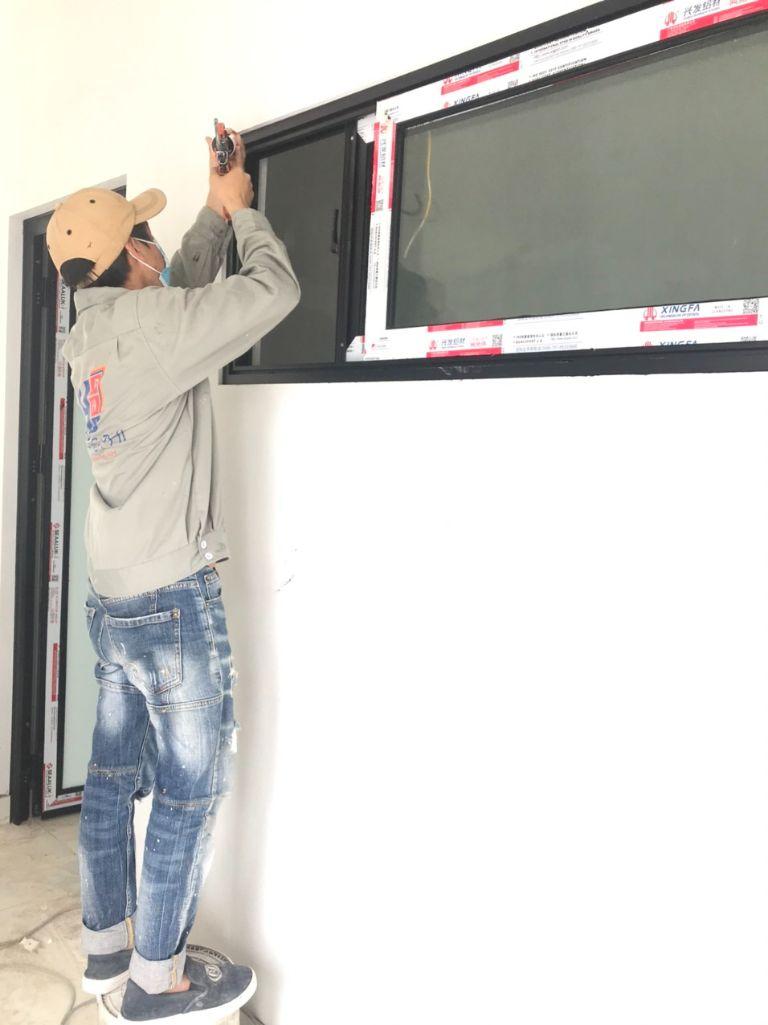 Kinh nghiệm lựa chọn nhà thầu thi công cửa nhôm Xingfa