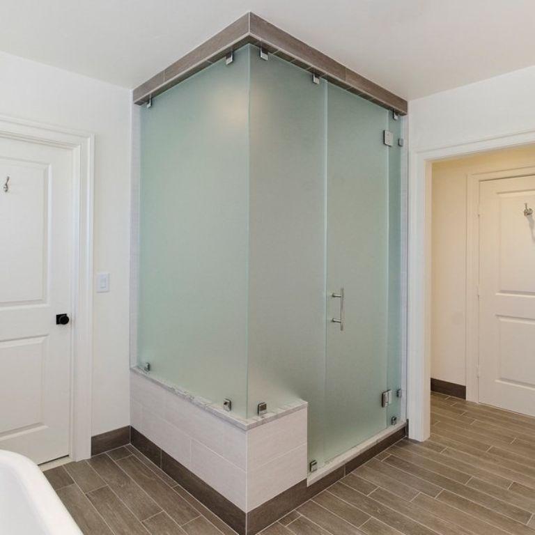 cabin tắm kính mờ