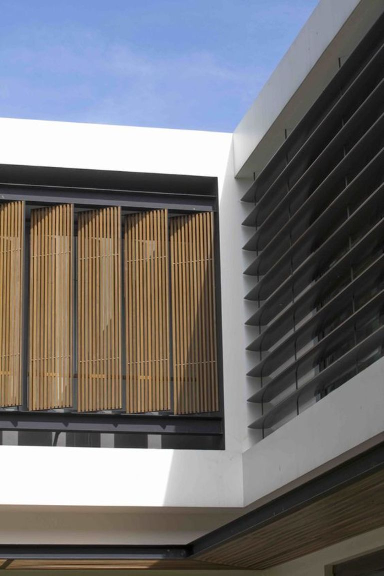 Lưu ý trong thiết kế và sử dụng lam chắn nắng