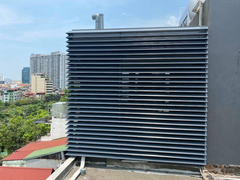 Nhà thầu thi công lắp đặt lam chắn nắng